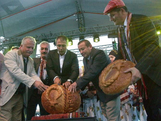 Yenikapı Giresun Günlerinde Çavuşlu Ekmeği