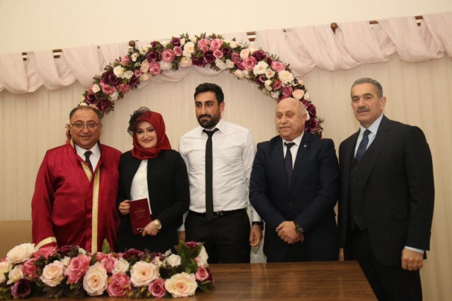 Köşe Yazarımız Demir'in Mutlu Günü