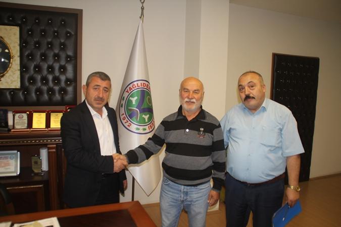 Yağlıderespor'u Enver Bayram