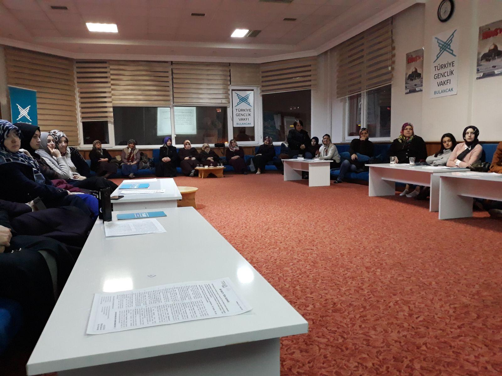 TÜGVA Bulancak'tan Hanımlara aile içi iletişim semineri