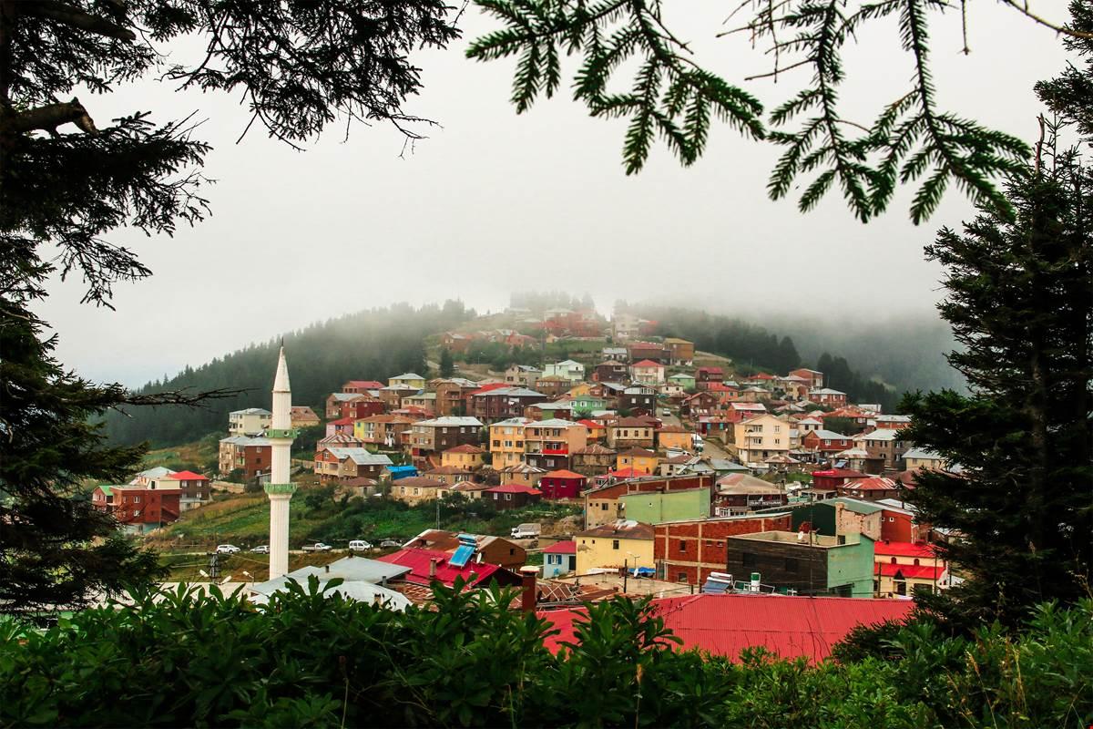 Eşsiz Doğa Güzelliğine Sahip Giresun'a Karavan ve Çadır Kamp Alanları