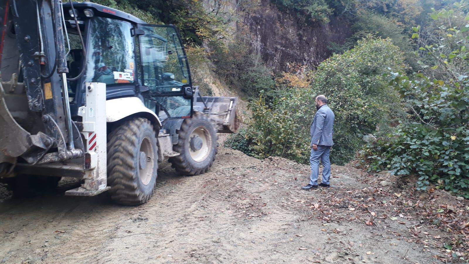 Başkan Karabıçak: Tirebolu'da beton yol çalışmalarımız devam