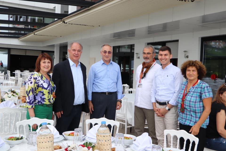 TURİSTLER PİRAZİZ'E HAYRAN KALDI