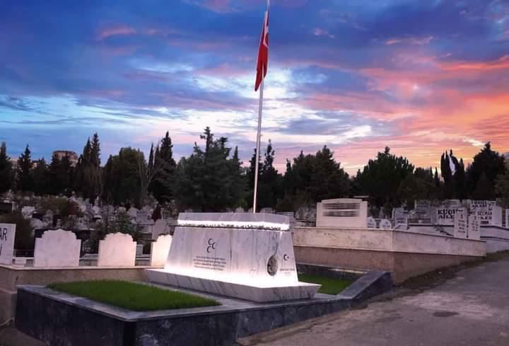 Ozan Arifi Anma Töreni Samsunda Anıt mezarında