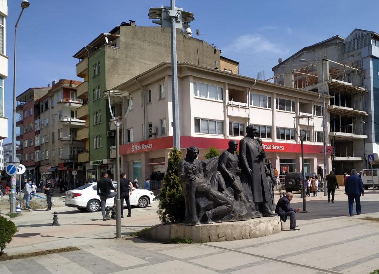 Atatürk Anıtı Geçici Yerine