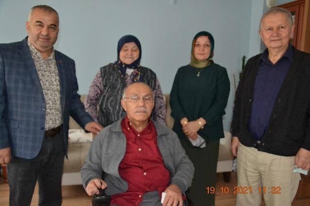 Giresun'da Engelli İki Öğrenciye Akülü Araba Hediye Edildi