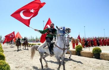 Yenikapı Ergenekon Meydanı'na Türkiye Sevdası İle Girdik