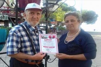 AZERBAYCANDAN BİR ÖDÜL GELMİŞ ÖZÜ