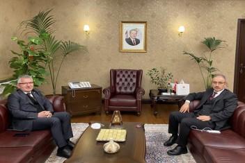 AK Parti Milletvekili Kadir Aydın'dan Bir Dizi