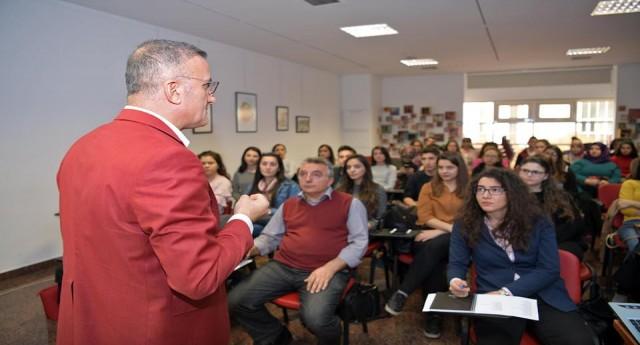 Genç Sosyal Hizmet Uzmanı Adaylarına