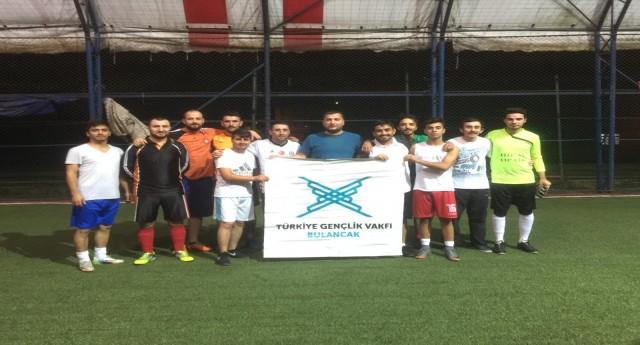 TÜGVA Bulancak gençlerle dostluk maçlarında