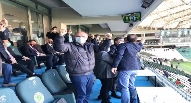 Mv. Öztürk den Süper Lig