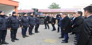 Başbakan Yardımcısı Canikli'den Çevik Kuvvete Ziyaret