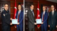 Vali Karahan'dan İki Emniyet Amirine Başarı